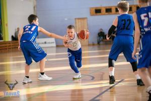 Pirmais starptautiskais basketbola turnīrs.